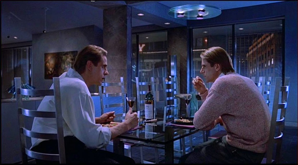 Dead Ringers (1988) – Last Blog on the Left
